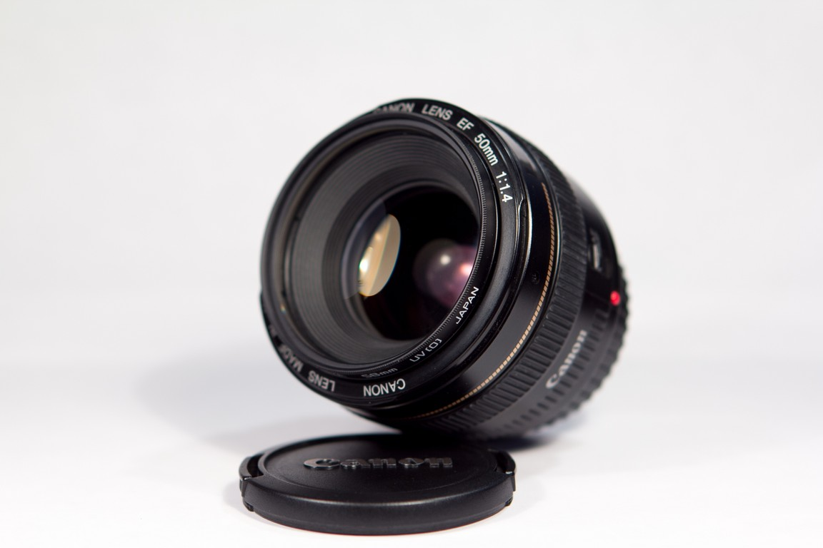 Review of Canon EF 50mm f/1.4 lens