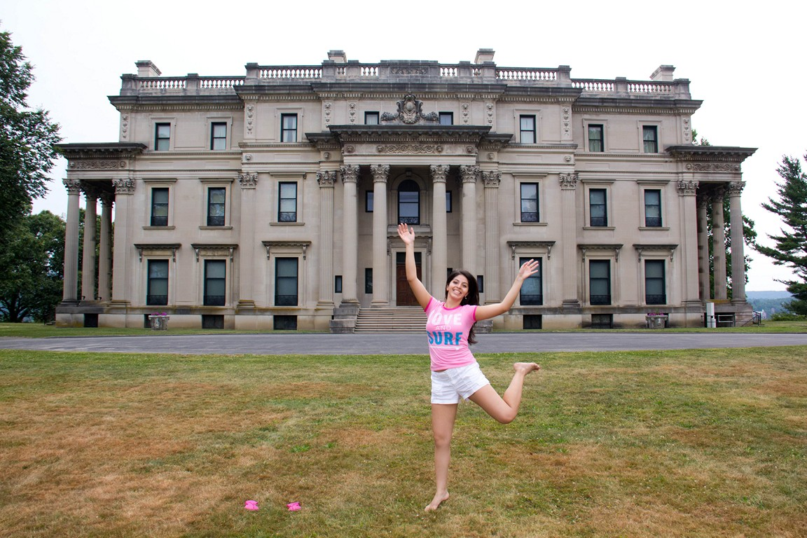 Playing at the vanderbilt mansion 1