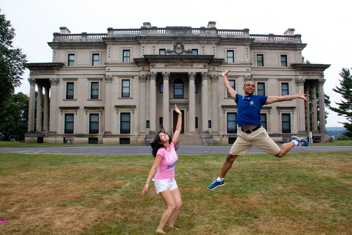 Playing at the vanderbilt mansion 6