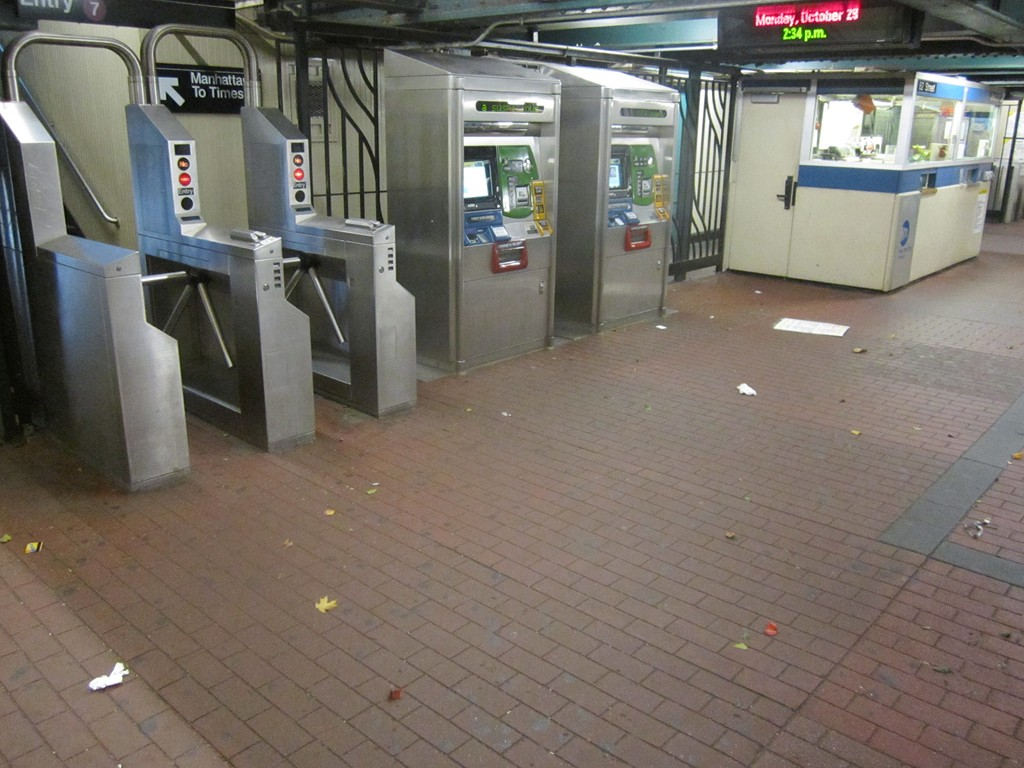 Mta closing due to hurricane sandy
