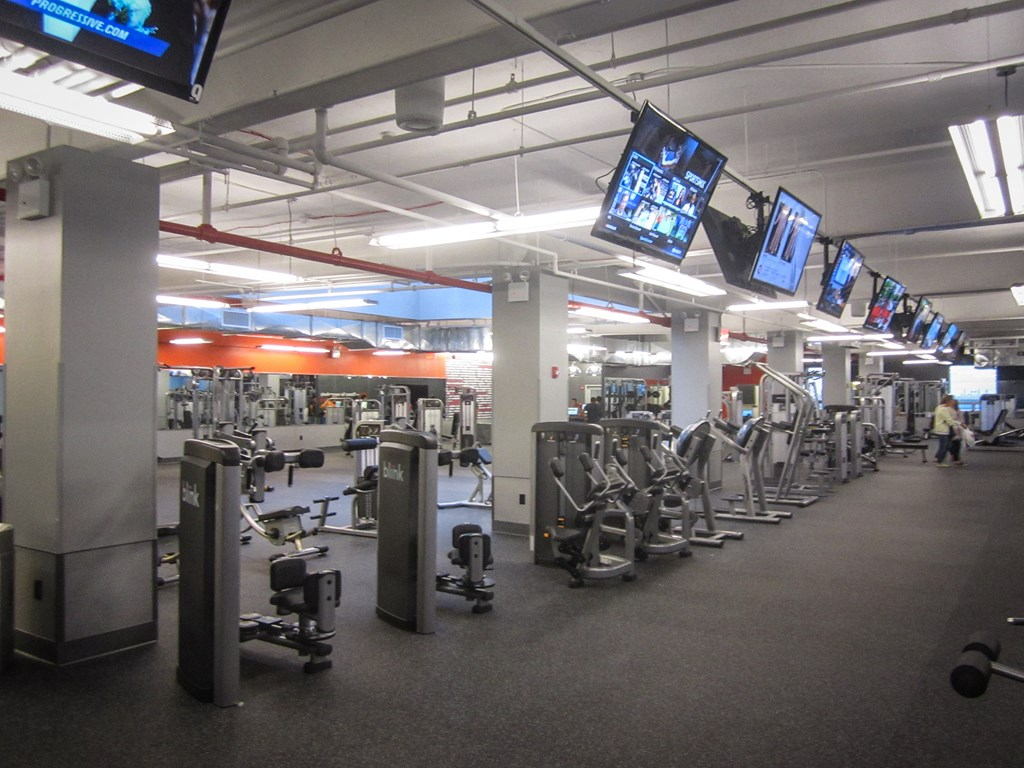 Blink Fitness jackson Heights review