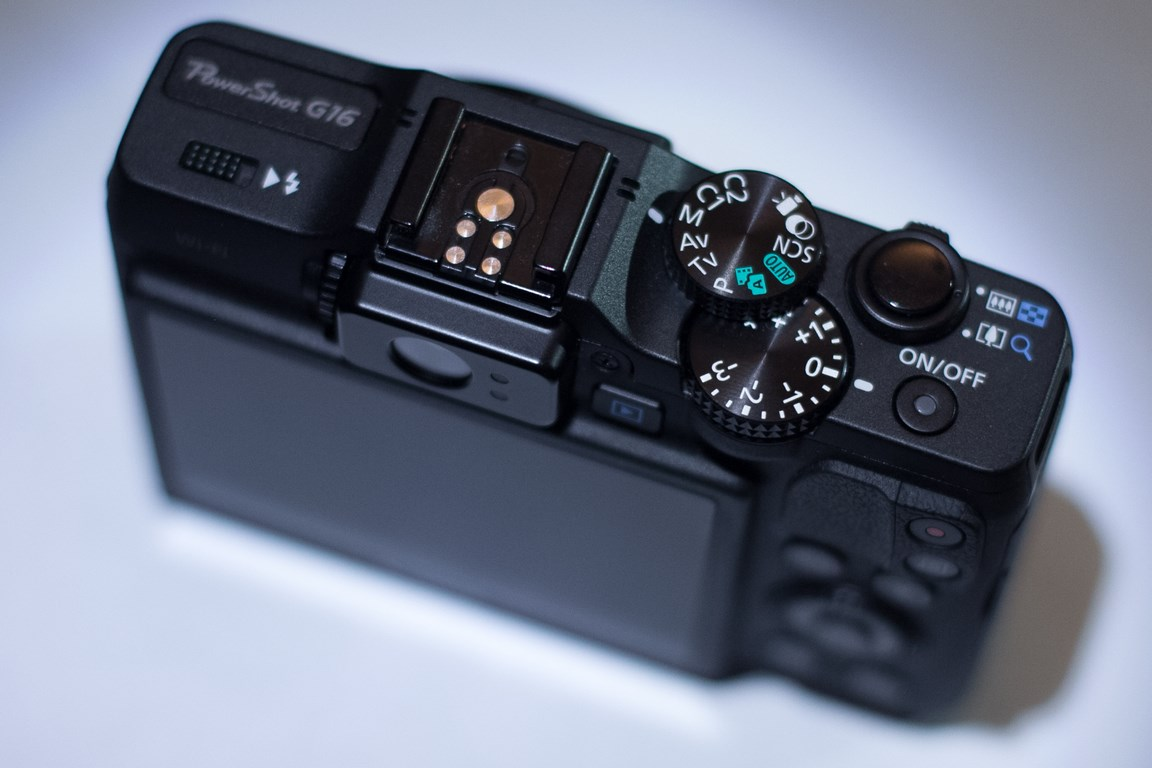 Canon g16 controls  top view