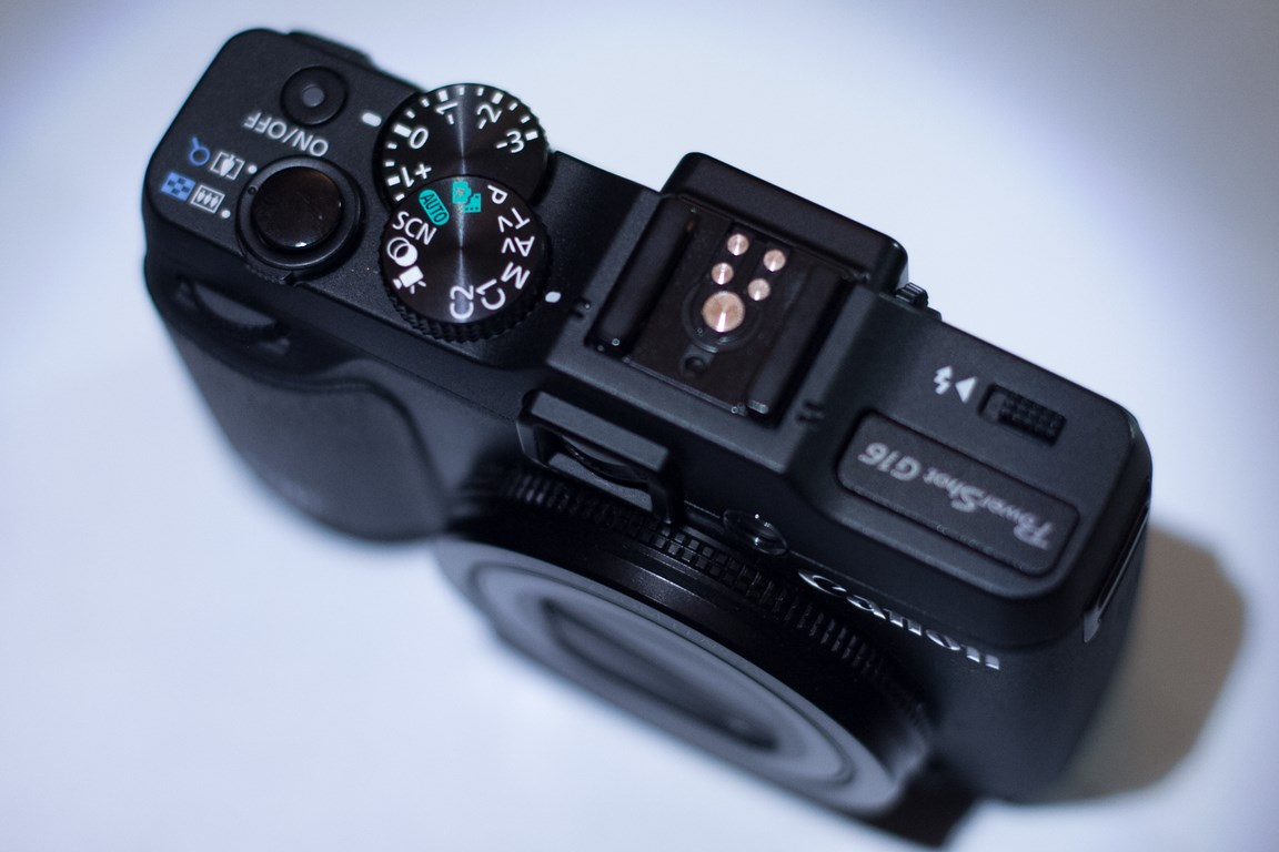 canon G16 shoe mount and controls