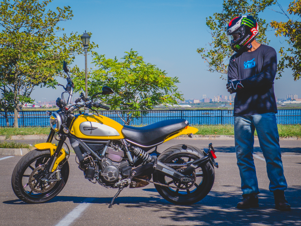 Renting the Ducati Scrambler Icon from EagleRider